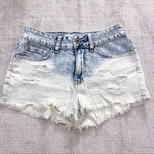 Bullhead distresses denim shorts